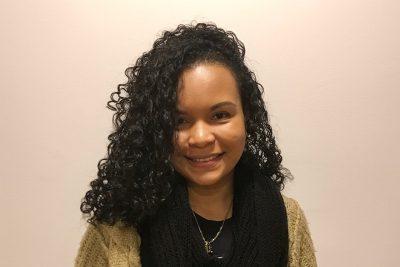 Cindy, profesora en academia musical TUTEMPO
